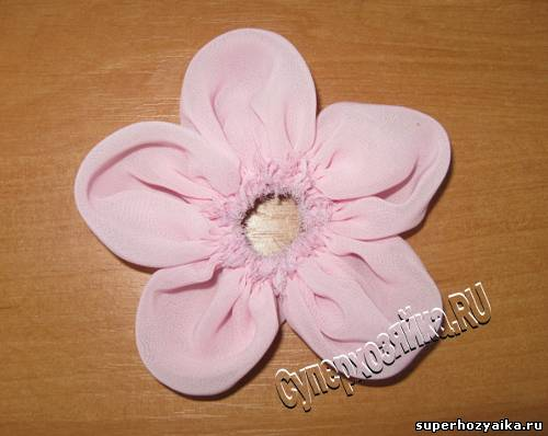 Шьем цветок из ткани