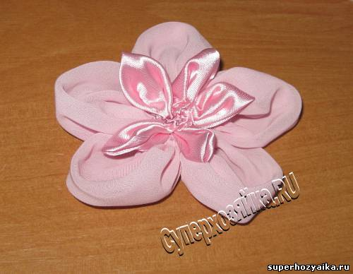 Украшение из ткани, цветок
