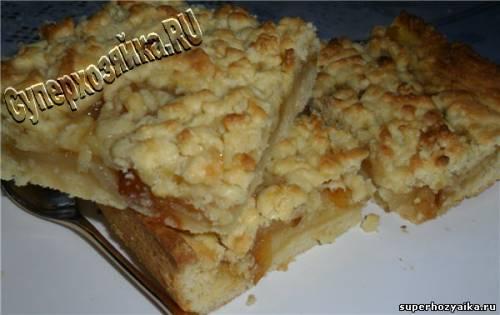 Тертый пирог с грушами