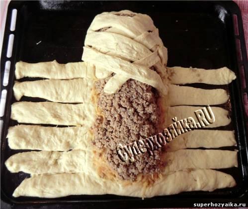 Плетеный пирог с мясом рецепт