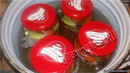 Стерилизация: маринованные помидоры