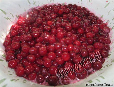 Рецепт вишневого варенья с корицей