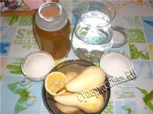Рецепты десертов из груш. Груши запеченные с медом, имбирем и грецкими орехами. Медовые груши с корицей и гвоздикой запеченные в слоеном тесте.