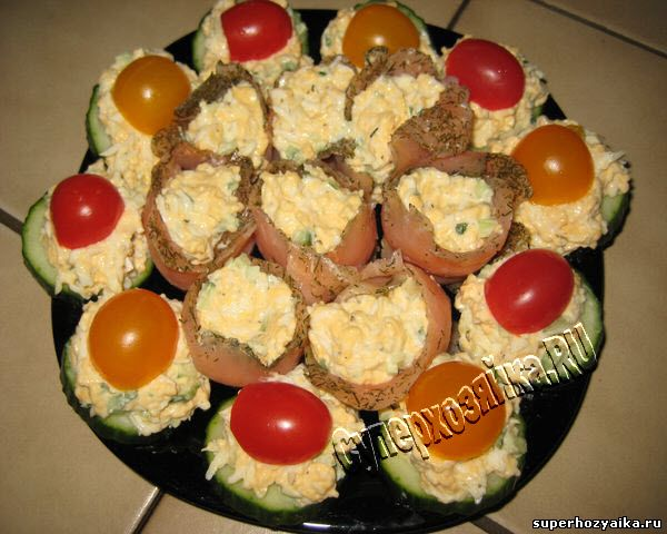 Праздничная закуска из сыра