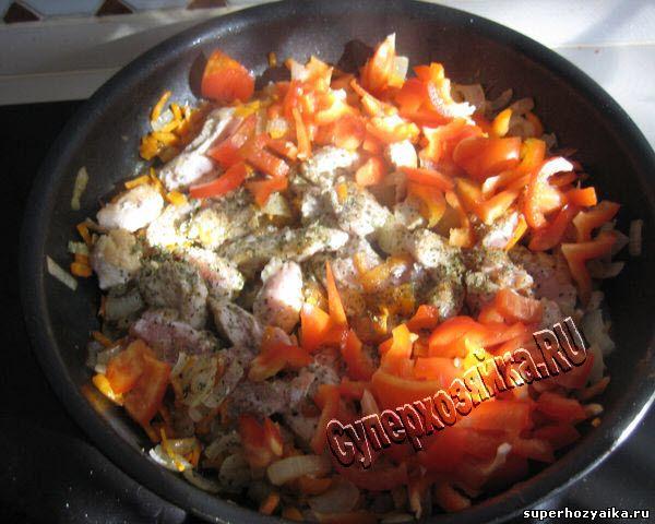 Индейка, тушенная с овощами