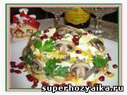 Праздничные салаты рецепты с фото. Салаты на день рождения. Салат с курицей. Салат с грибами и кукурузой. Рецепты с фото