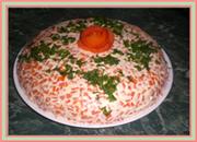 Салат из доступных продуктов. Рецепт салата с маринованными грибами. Фото-Рецепт праздничного салата
