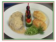 Блюда из мяса. Свинина с соусом из двух сыров. Видео-рецепт от шеф-повара