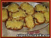 Закуски с хлебом и сыром. Гренки с чесноком, яйцом и сыром. Рецепт с фото